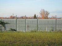 Bahndamm - Klicken für Vorher/Nachher-Vergleich